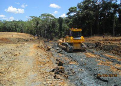 Corte y nivelación de terreno - Obra. Construcción y ejecución de las obras civiles en la planta electrica, distrito de punchana, maynas, loreto(2)